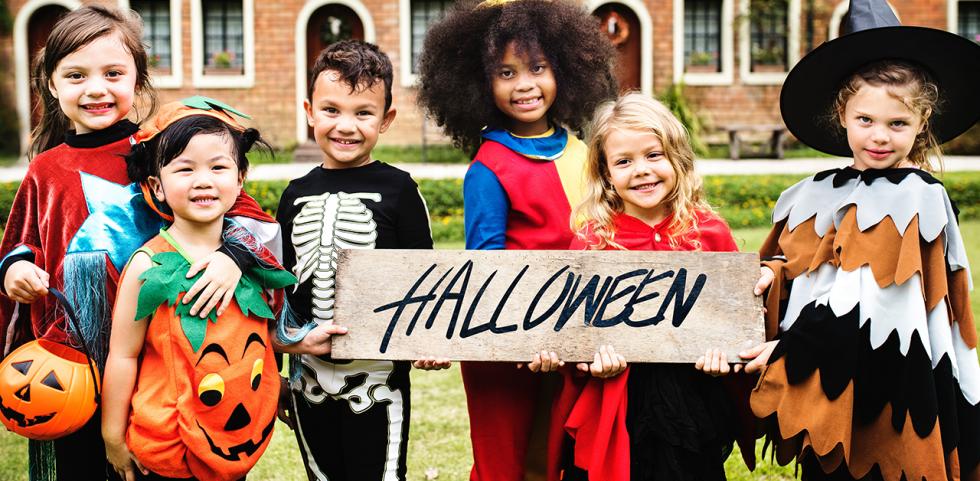Halloween-i alapdarabok avagy hogyan készítünk Halloween jelmezeket a gyerkőcöknek