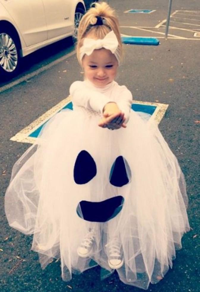 Halloweeni tüllszellem