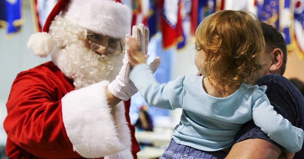 Mikulás? Télapó? Santa Claus? - Elmondjuk ki kicsoda