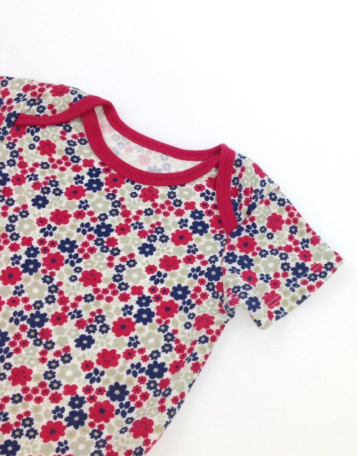 93a9489a3f Miniclub virág mintás kislány body Miniclub virág mintás kislány body