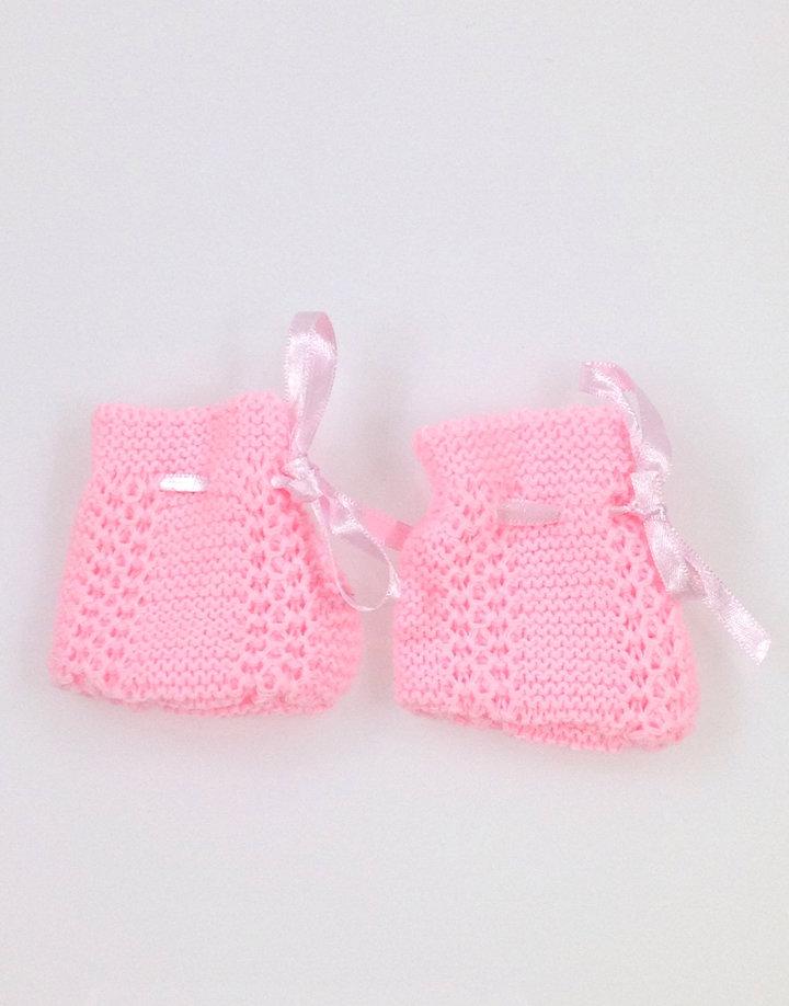 Rózsaszín kötött baba kiszokni  c3516f27a9