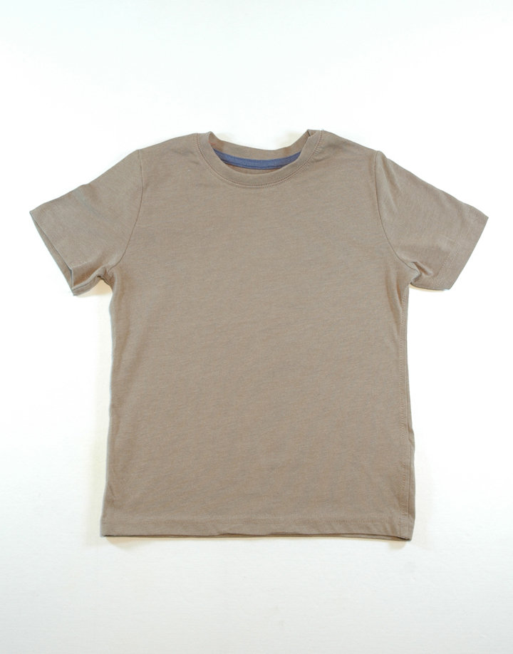 Barna póló